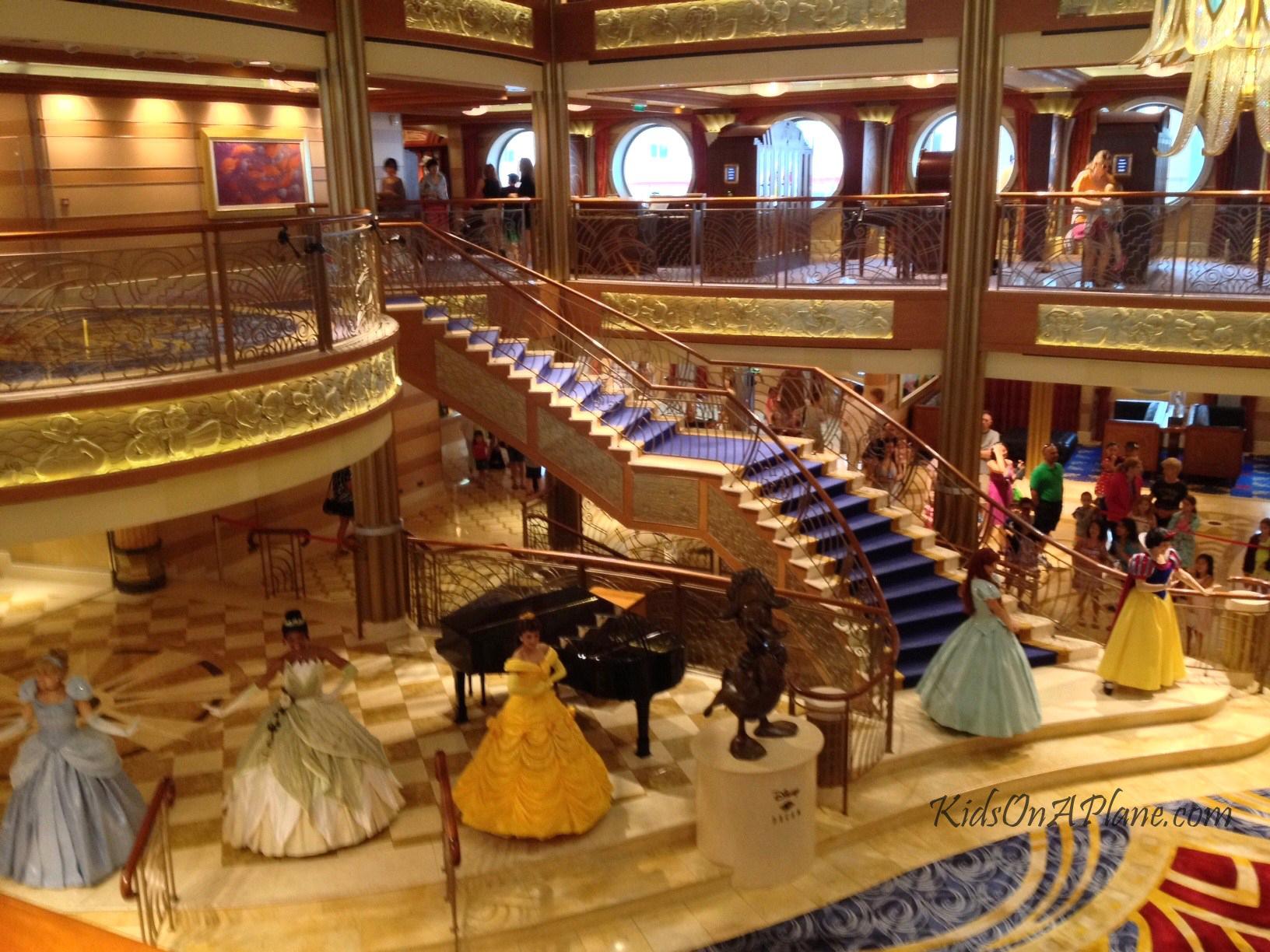 Photo tour of the disney dream cruise ship for Dream floor