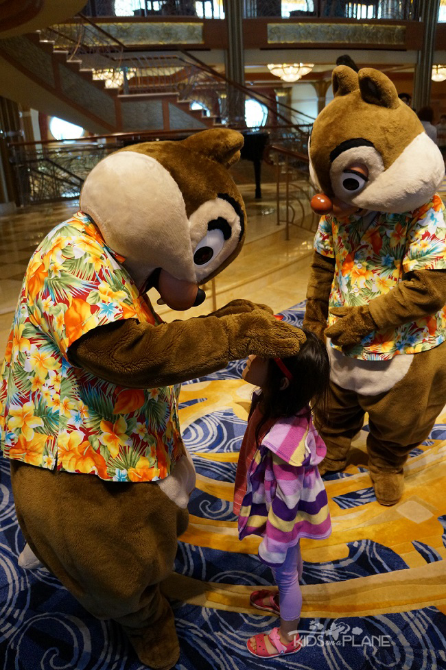 Disney Cruise Tips Chip and Dale | KidsOnAPlane.com #cruise #traveltips #disneycruise