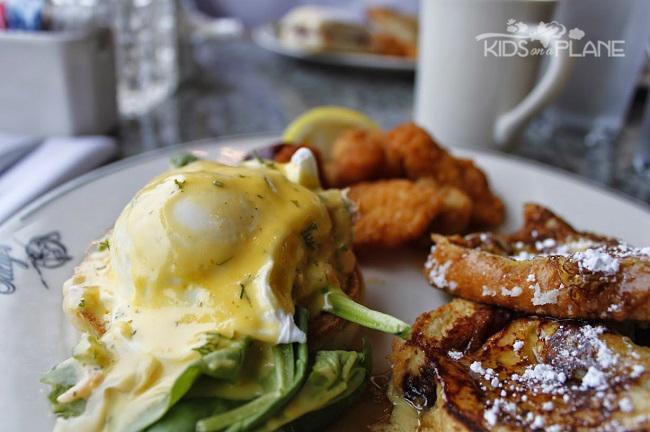 Salty's on Alki Beach Seattle Brunch Breakfast