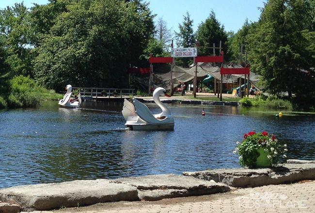 Santa's Village in Bracebridge Ontario - Swan Ride Elves Island KidsOnAPlane.com